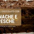 Torta al cioccolato con crema ganache e pesche sciroppate
