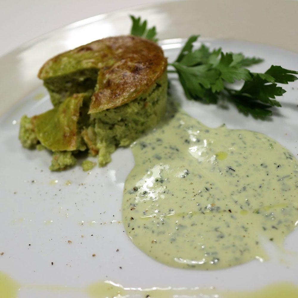Flan di asparagi e gamberi su crema di stracchino