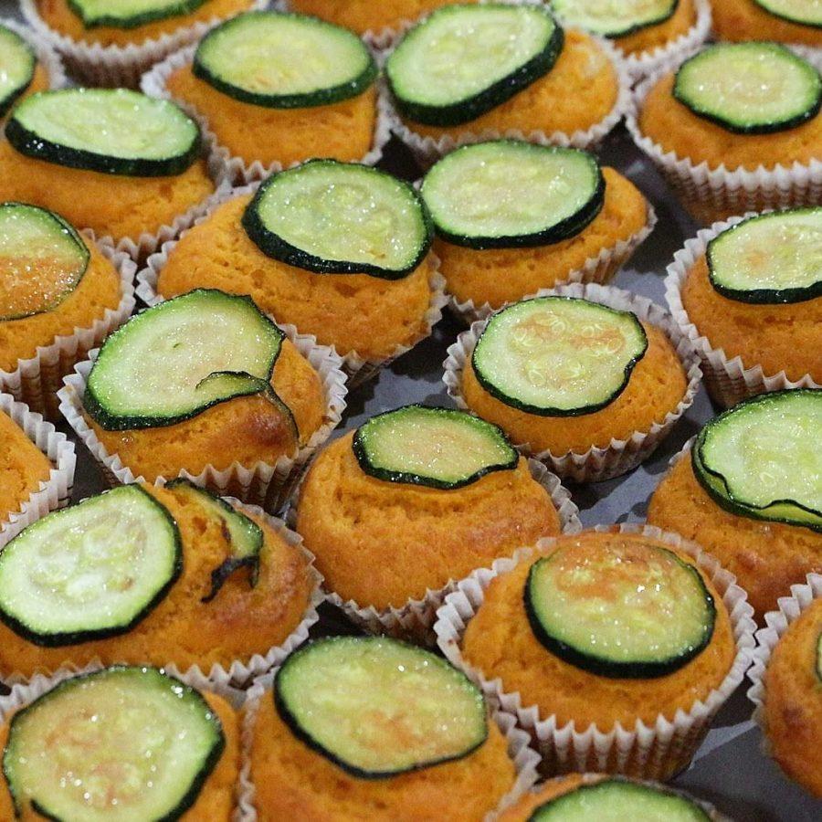 Muffin salati pomodoro e zucchine