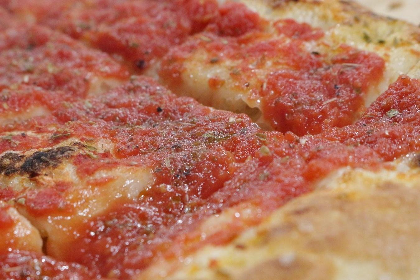 corso di pizzeria corso di focacceria scuola di cucina la palestra del cibo focaccia fatta in casa focaccia rossa e bianca