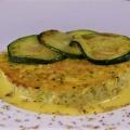 Sformato di zucchine su salsa al formaggio